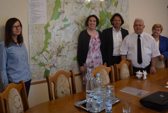 Anna Kolera, Dr. Gabriele Bergner, Michael Mamlock, Kazimierz Kwiatkowski, Bürgermeister von Gardeja, Sekretärin